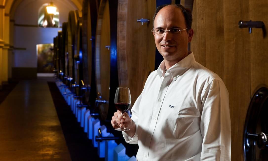 Enólogo. Pedro Baptista, que também faz o Pêra Manca, vai apresentar os vinhos da alentejana Tapada do Chaves Foto: Divulgação