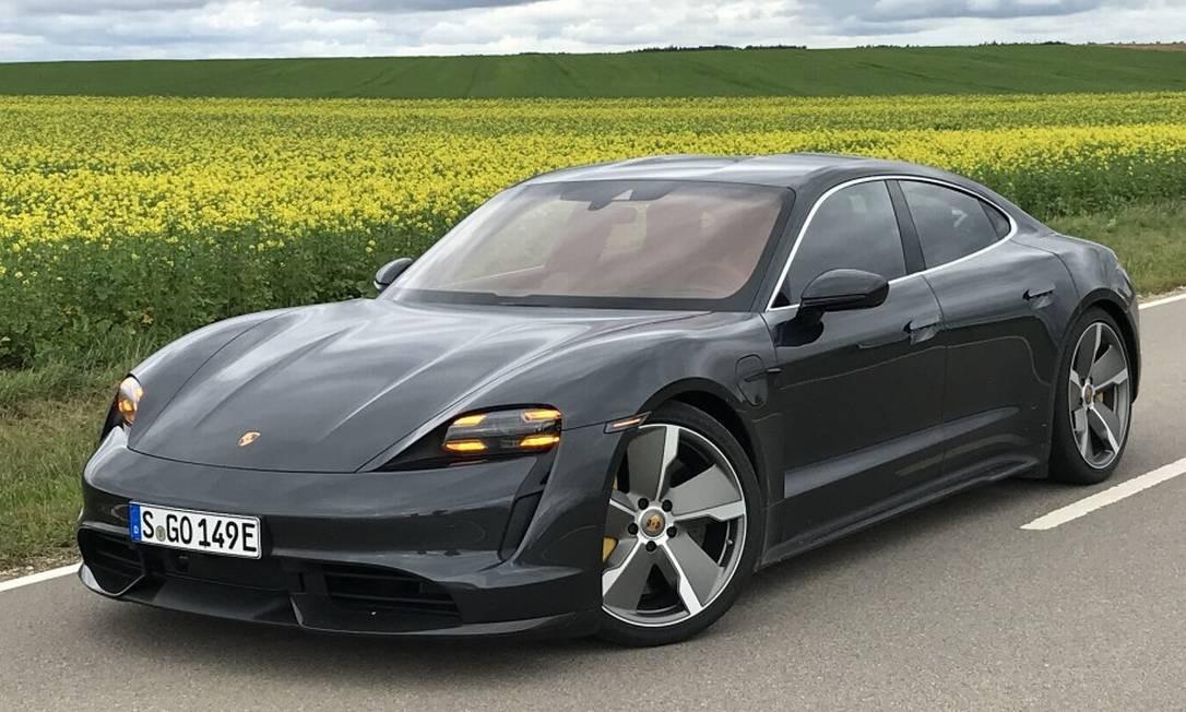CA - 07/10/2019 - Porsche Taycan - Fotos de Jason Vogel