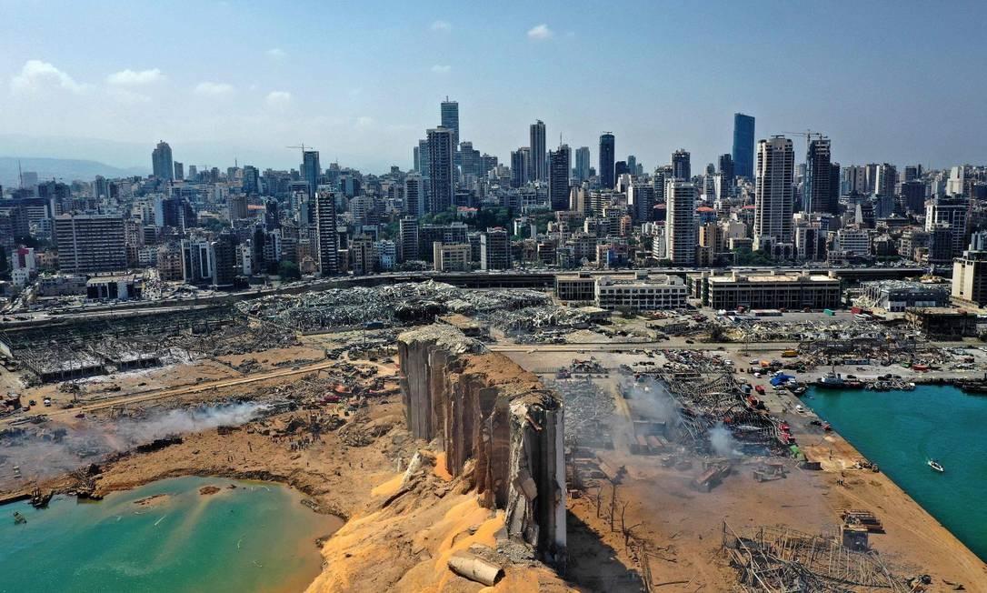 Beirute busca desaparecidos após explosão deixar ao menos 135 mortos e 5 mil feridos