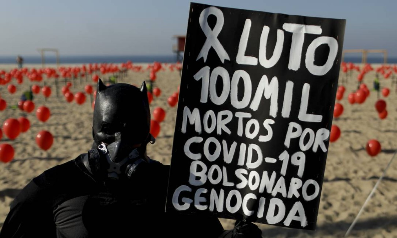 País chega à trágica marca depois de cinco meses da confirmação da primeira vítima Foto: Gabriel de Paiva / Agência O Globo