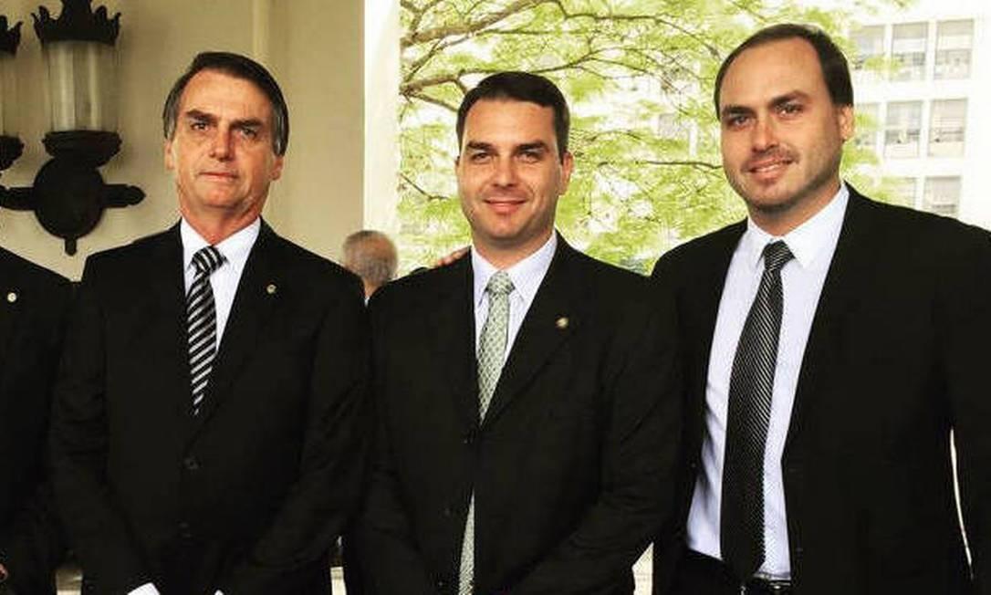 Jair, Flávio e Carlos Bolsonaro Foto: Reprodução/Flickr