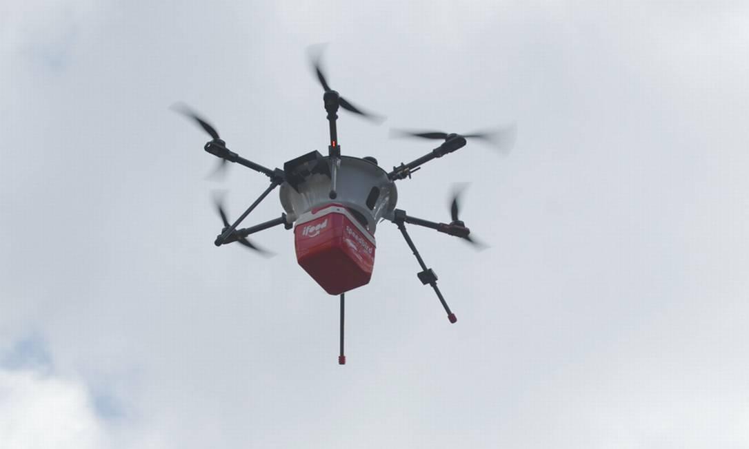 Teste de drone de entrega do aplicativo iFood Foto: Agência O Globo