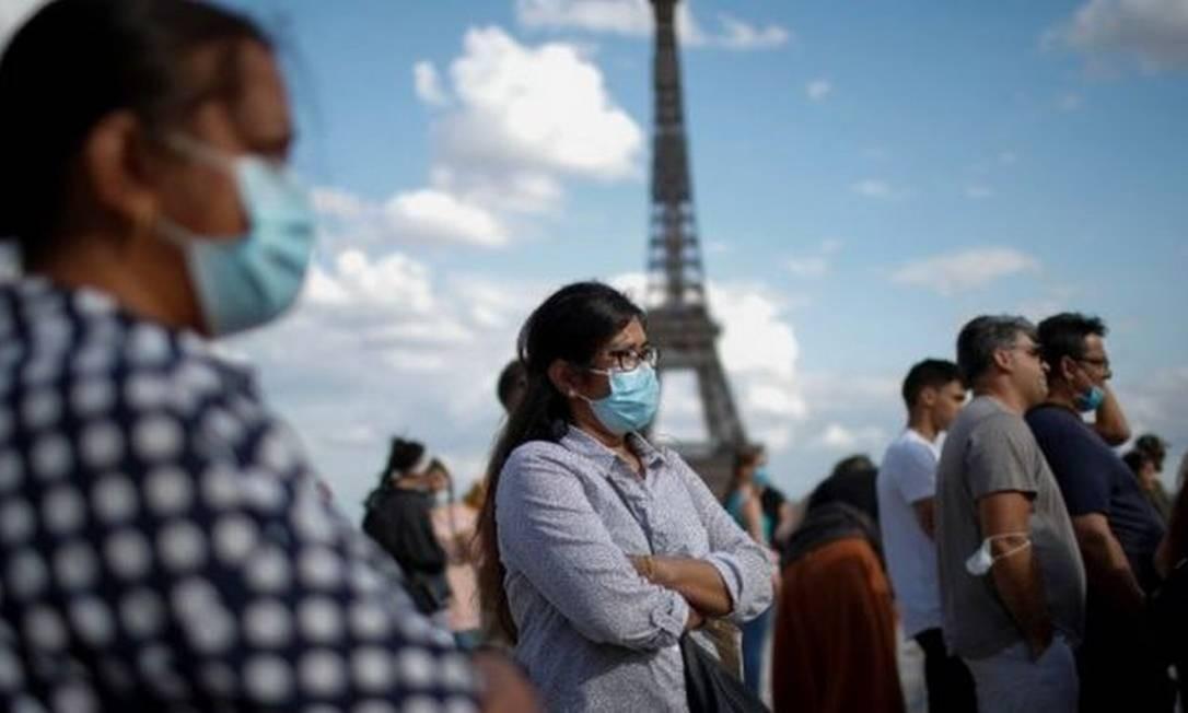 """""""É apenas uma questão de 'quando' e não de 'se' a próxima vai surgir"""", diz virologista Camila Malta Romano Foto: Reuters"""