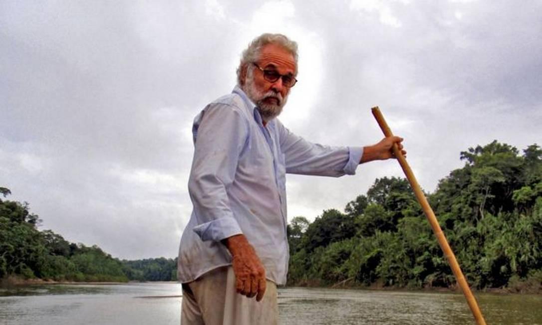 O sertanista José Meirelles quando trabalhava na base da Frente de Proteção Etnoambiental Envira, na foz do Igarapé Xinane com o rio Envira Foto: Arquivo Pessoal