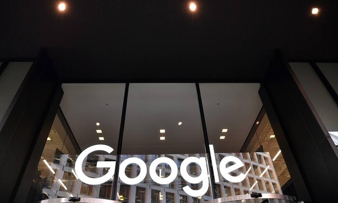 Google inicia ofensiva contra lei australiana que o obriga a pagar por conteúdo Foto: Ben Stansall / AFP