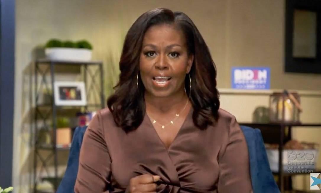Ex-primeira-dama Michelle Obama, em vídeo gravado para a convenção democrata Foto: AFP