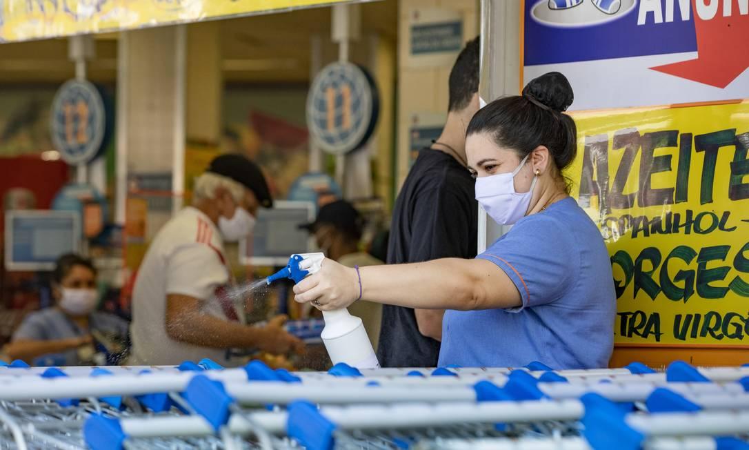 O consumo no setor de supermercados se manteve acima dos níveis pré-pandemia Foto: Ana Branco / Agência O Globo