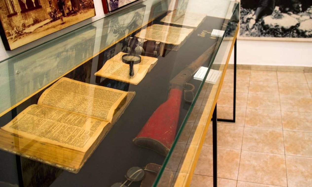 Uma carabina 30-30 usada pelos guardas pessoais de Trotsky. A perseguição, que cobriu sua família de tragédias e o empurrou para uma vida itinerante Foto: CLAUDIO CRUZ / AFP