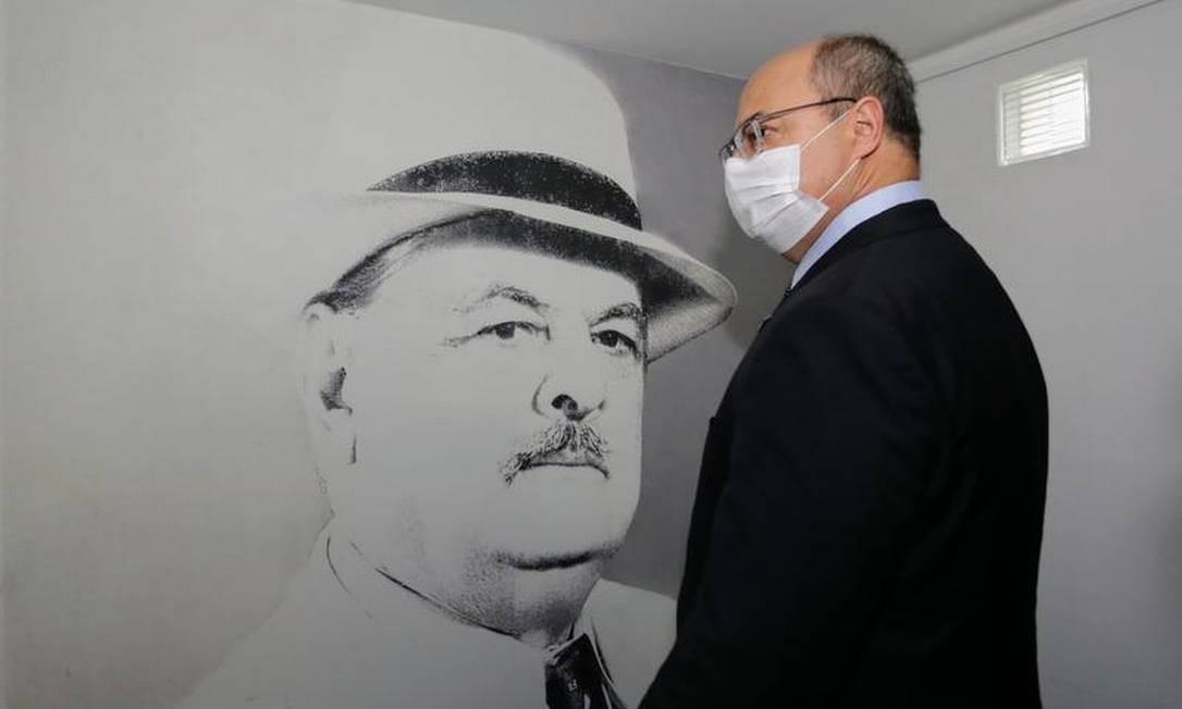 O governador Wilson Witzel durante uma visita ao Instituto Vital Brazil,em Niterói, ainda sem apoio para frear processo de impeachment Foto: Carlos Magno / Agência O GLOBO