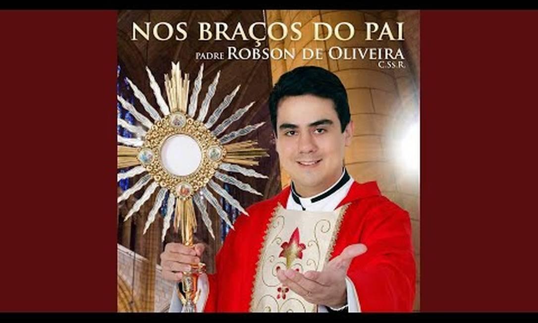 O cd lançado pelo Padre Robson Foto: Reprodução