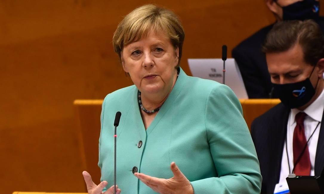 Pela primeira vez, a chanceler da Alemanha, Angela Merkel, expressou preocupações sobre o futuro do acordo comercial entre União Europeia e Mercosul Foto: Geert Vanden Wijngaert / Bloomberg