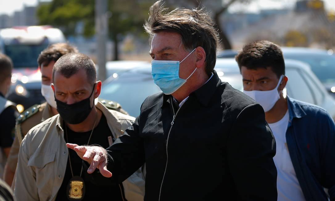 Bolsonaro ameaçou repórter do GLOBO durante passeio por Brasília neste fim de semana Foto: Pablo Jacob / Agência O Globo