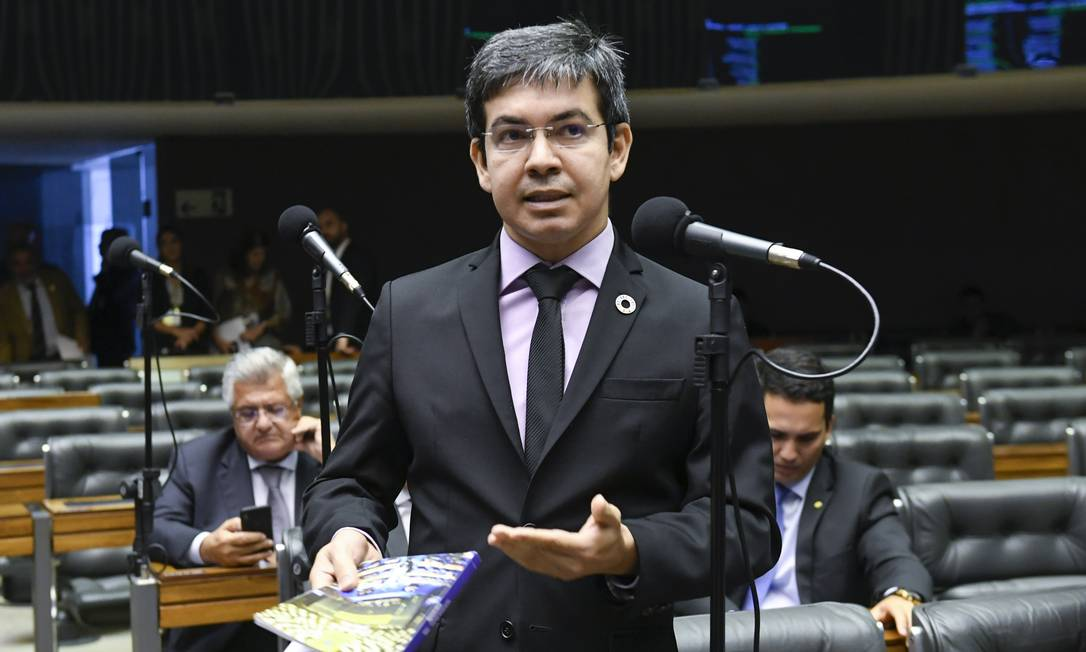 O senador Randolfe Rodrigues, durante sessão do Congresso Foto: Roque de Sá/Agência Senado/11-03-2020