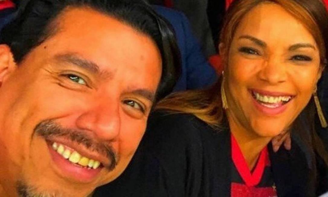 Flordelis e o marido, morto a tiros Foto: Reprodução