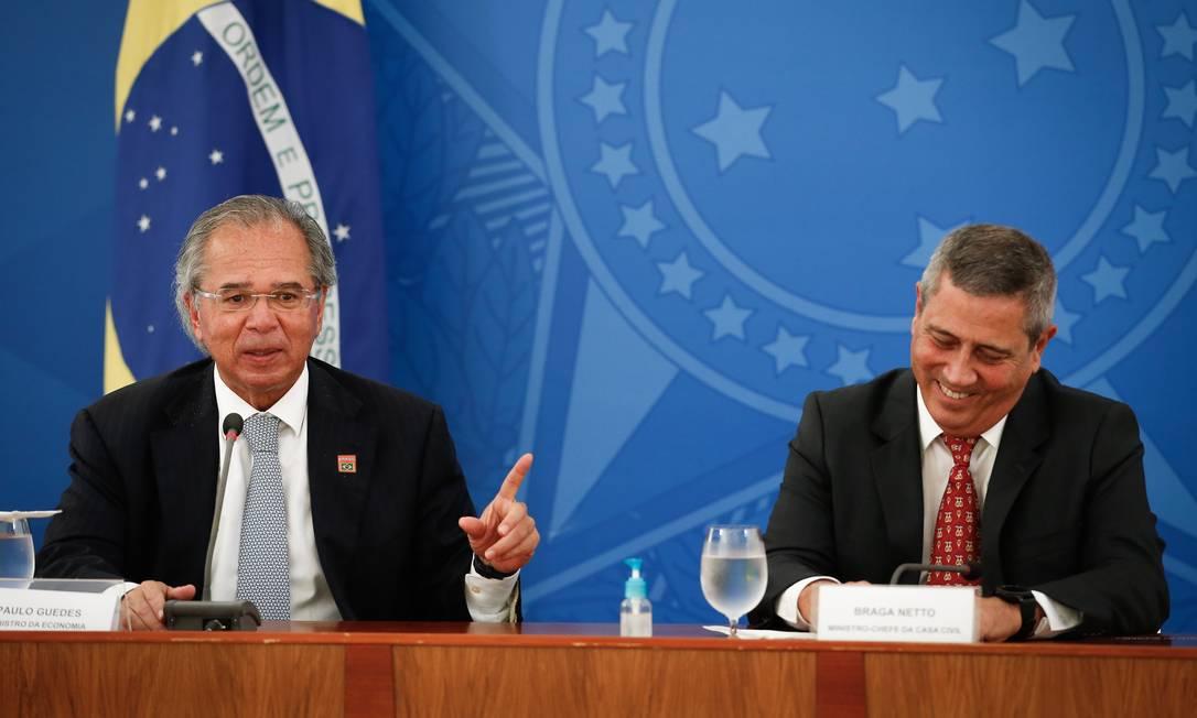 O ministro da Economia, Paulo Guedes, e o ministro da Casa Civil, Braga Netto Foto: Pablo Jacob / Agência O Globo
