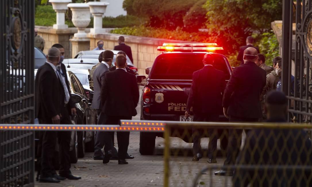 Polícia Federal realizou buscas no Palácio das Laranjeiras, sede de governo do Estado Foto: Gabriel Monteiro / Agência O Globo