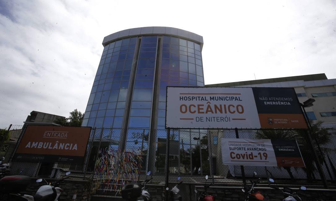 Baixa ocupação: com menos de 50 pacientes, Hospital Oceânico recebeu apenas uma internação na quinta-feira, diz prefeito Foto: Antonio Scorza / Agência O Globo