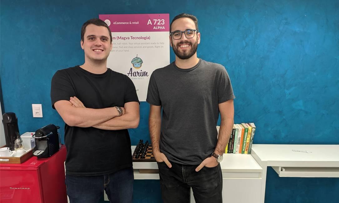 Os jovens empreendedores da Barra Lucas Angi (à esquerda) e Victor Coutinho, da empresa Gênio Aarim. Foto: Divulgação