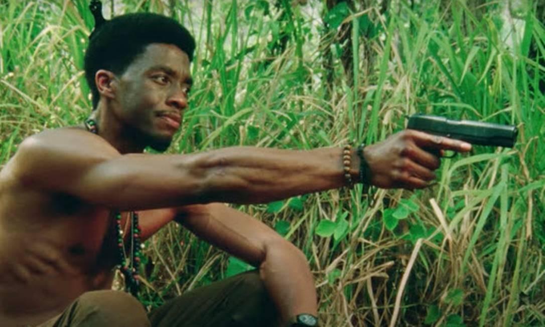 """O último trabalho de Boseman foi como Stormin, em """"Destacamento Blood"""" (2020), filme de Spike Lee que retrata o papel dos soldados negros na guerra do Vietnã Foto: Divulgação"""