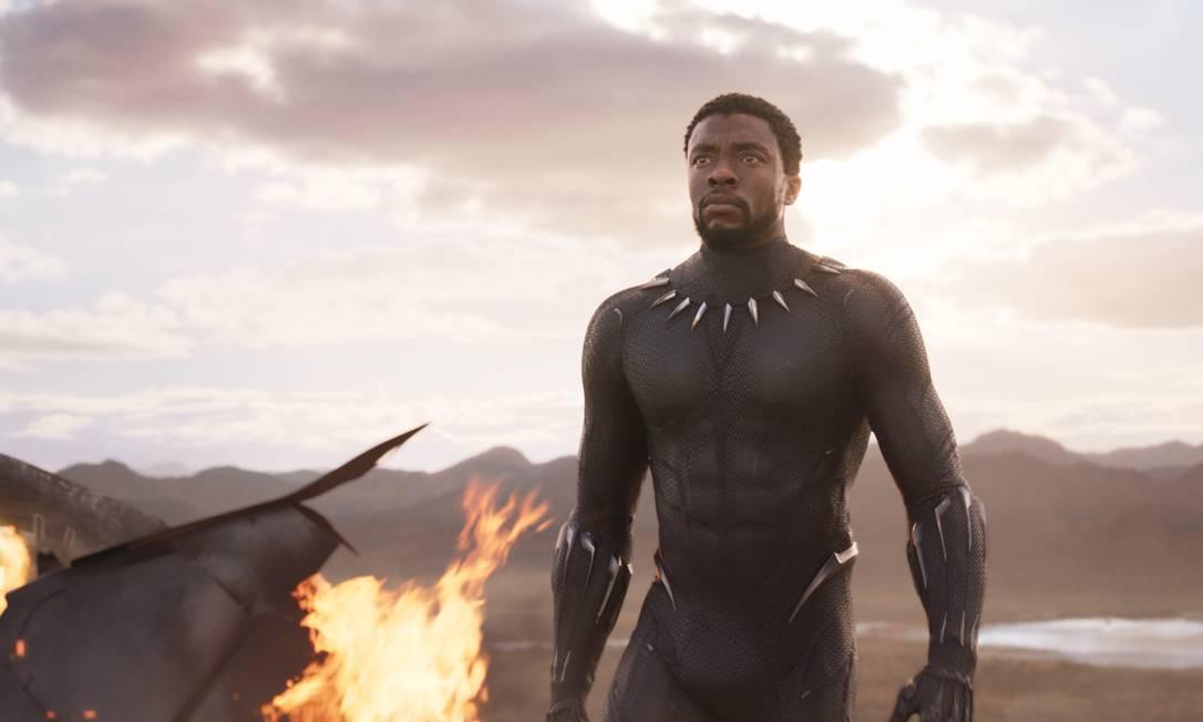 """O ator Chadwick Boseman no filme """"Pantera Negra"""" Foto: Divulgação"""