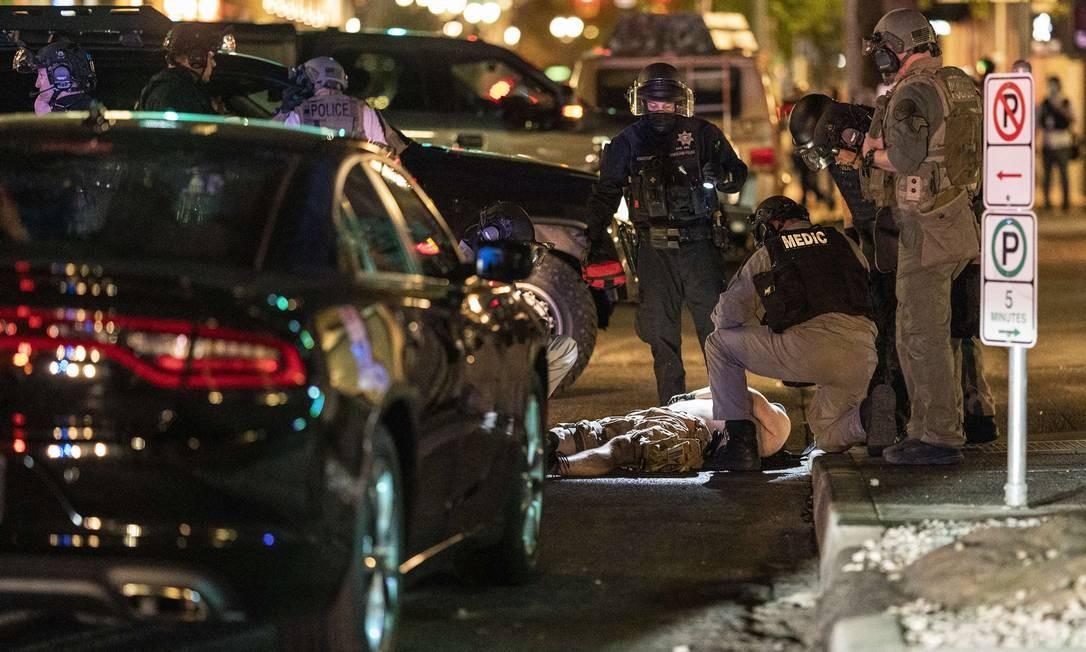 Militante de extrema-direita foi alvejado próximo a confronto entre manifestantes no sábado em Portland Foto: Nathan Howard / AFP