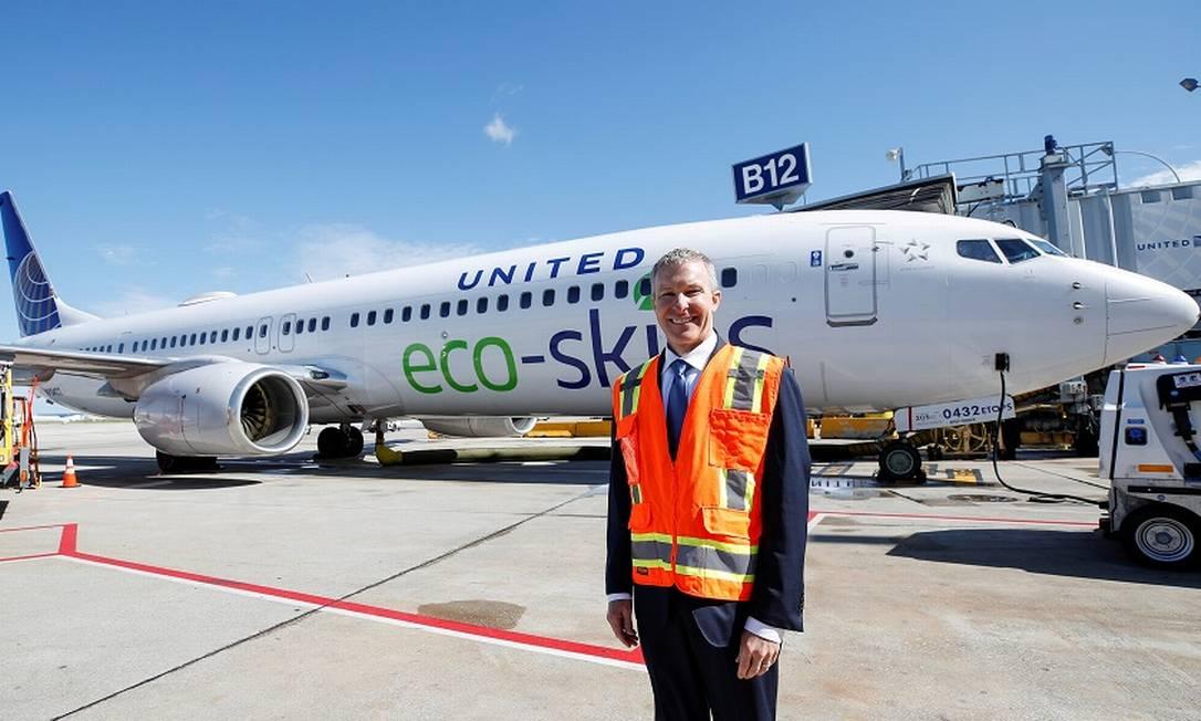 O CEO da United Airlines Scott Kirby: passageiros pediam eliminação da taxa de alteração de bilhetes. Foto: Kamil Krzaczynski / REUTERS