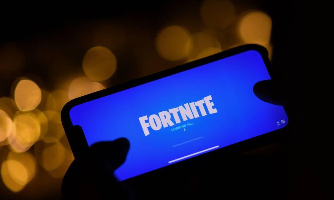 O jogo Fortnite, da Epic Games, não está mais disponível na App Store e atualizações foram suspensas para iPhones e iPads Foto: CHRIS DELMAS / AFP