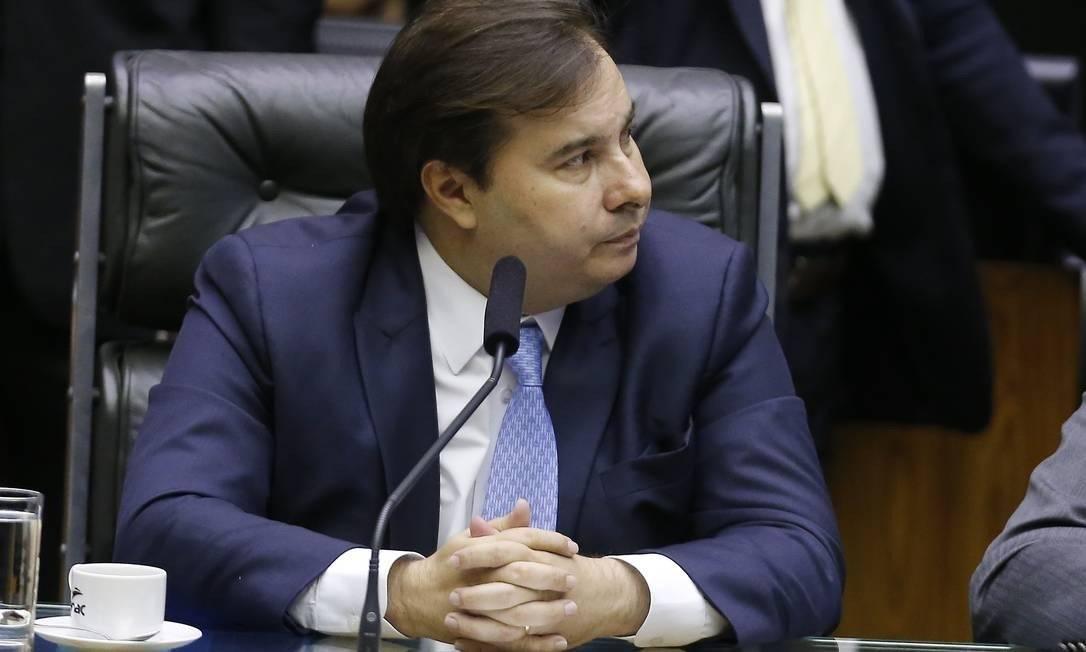 Maia disse que Guedes proibiu a equipe econômica de falar com ele Foto: Jorge William / Agência O Globo