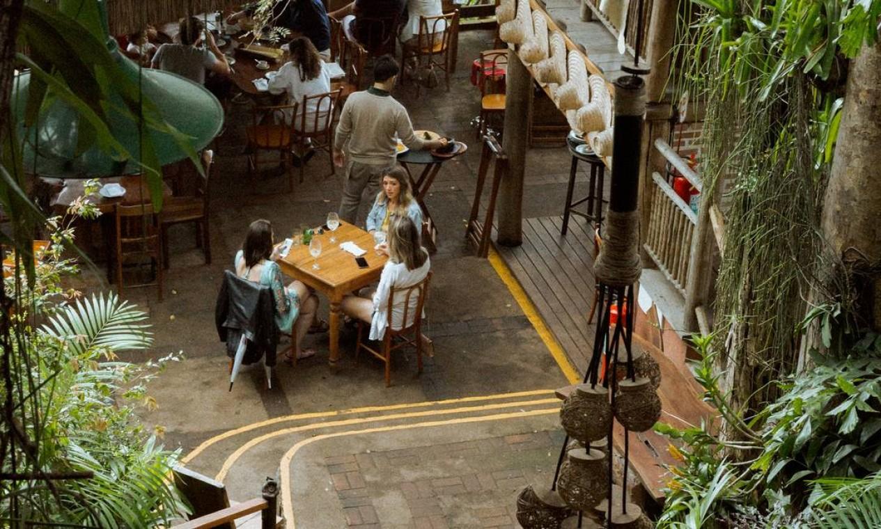 Pedro Hermeto, dono do restaurante Aprazível, em Santa Teresa, diz que pacote de socorro, mesmo que tardio, vai aliviar a situação das empresas Foto: Divulgação/Erik Barros