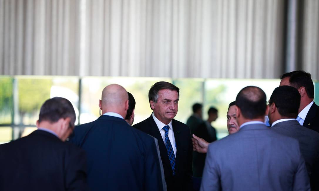 O presidente Jair Bolsonaro recebe líderes partidários para reunião na terça-feira: após a conversa, ele anunciou decisão de enviar reforma administrativa para o Congresso nesta semana Foto: Pablo Jacob / Agência O Globo/1-9-2020