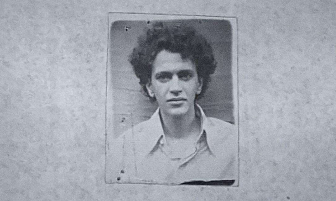 Foto de Caetano na época de sua prisão Foto: Reprodução /