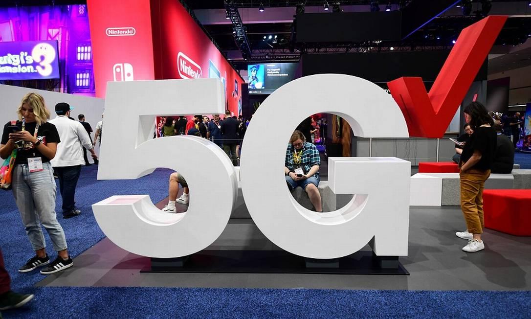 Tecnologia de quinta geração de telefonia celular e internet é importante na relação entre Brasil e China. Foto: FREDERIC J. BROWN / AFP