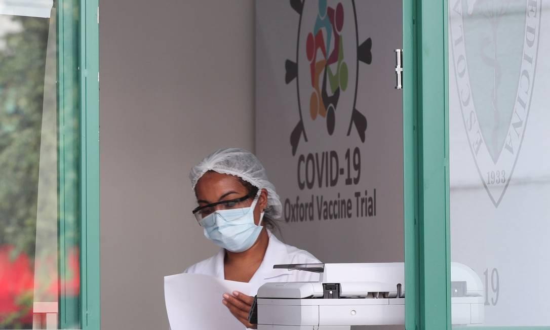 Ensaios clínicos em centro da Unifesp, em São Paulo: testes foram interrompidos em todo o mundo, inclusive no Brasil Foto: AMANDA PEROBELLI / Reuters