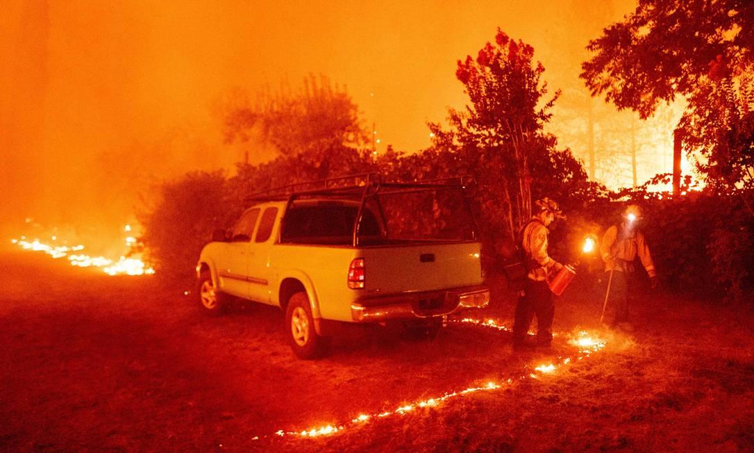 Ventos secos aumentam incêndio na Califórnia Foto: JOSH EDELSON / AFP