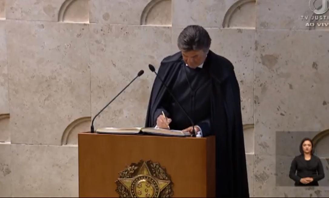 Ministro Luiz Fux toma posse na presidência do STF Foto: Reprodução/TV Justiça
