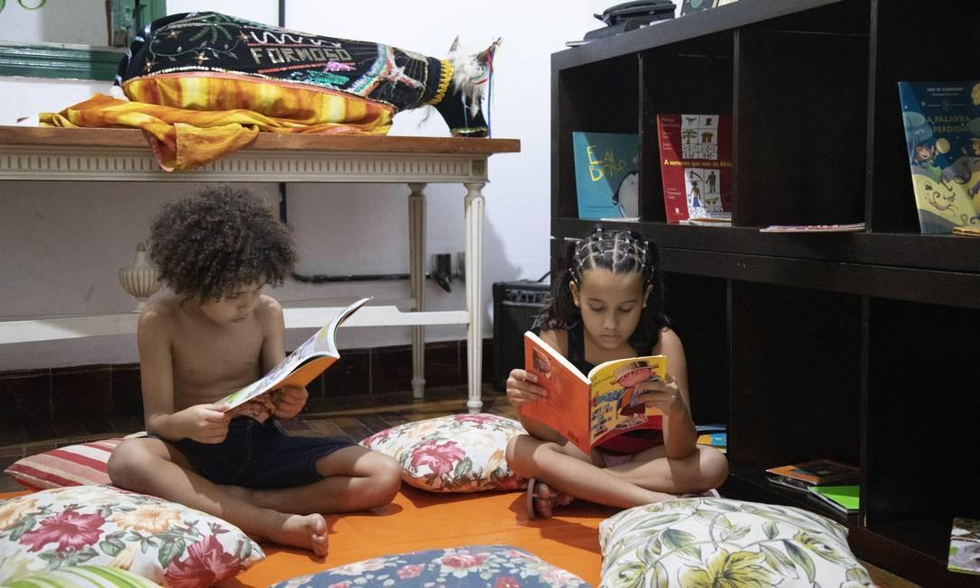 'Retratos da Leitura' mostra que brasileiros que mais leem têm entre cinco e treze anos de idade Foto: Ana Branco / Agência O Globo
