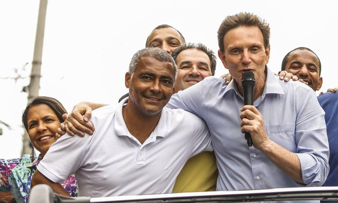 Senador Romario apoiou Marcelo Crivella durante a campanha para a prefeitura do Rio 24-09-2016 Foto: Bárbara Lopes / Agência O Globo