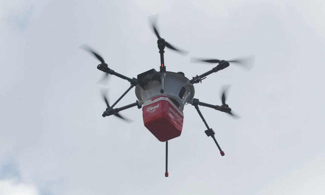 Novos modelos. Teste de drone para entrega de encomendas feito pelo iFood Foto: Divulgação