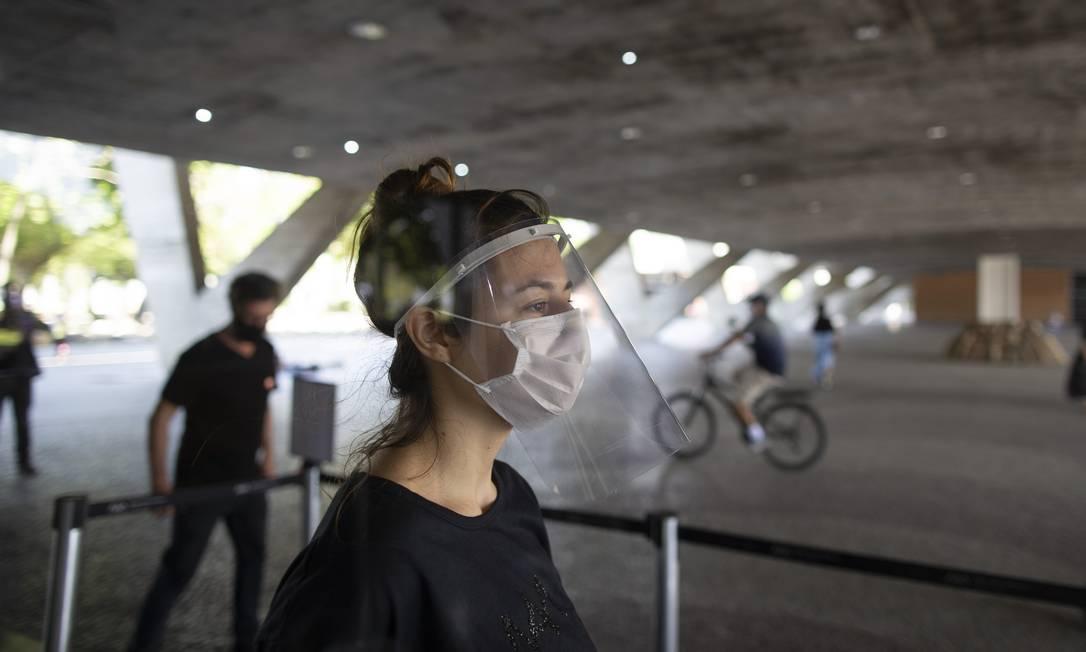 Museu de Arte Moderna abriu em 12 de setembro com medidas de segurança e limitação de 200 pessoas por hora Foto: Márcia Foletto / Agência O Globo