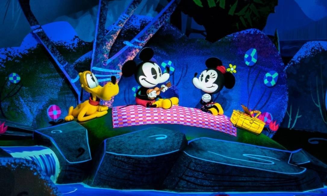 Imagem do cenário da atração Mickey & Minnie Runaway Rail, no Walt Disney World, em Orlando Foto: Reprodução