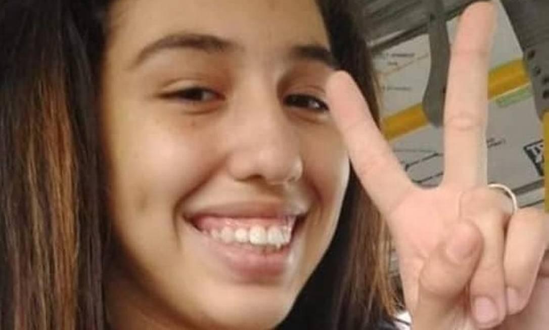 Nicolly Januzzi, de 14 anos, saiu de casa em Madureira e está desaparecida Foto: Arquivo Pessoal