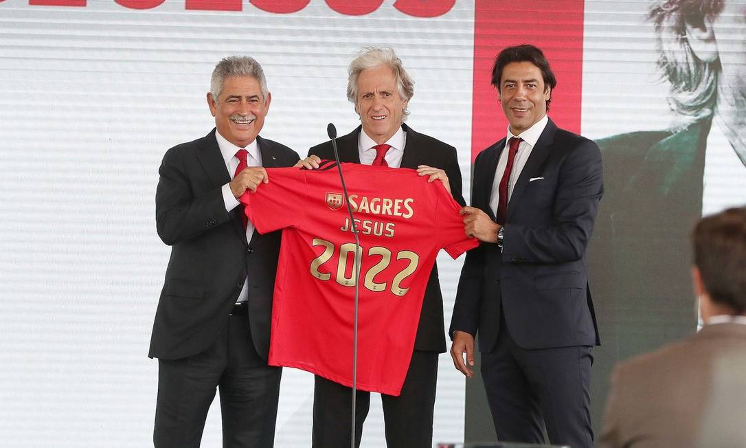 Jorge Jesus ao ser apresentado no Benfica Foto: Isabel Cutileiro / Benfica