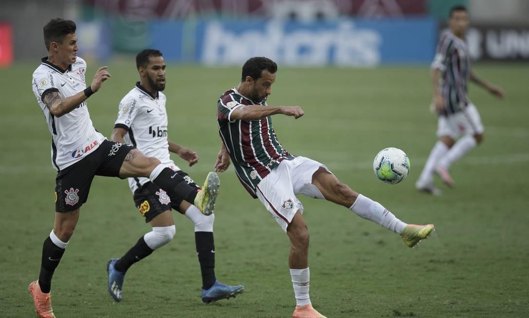 Nenê, do Fluminense, é um dos jogadores que já contraiu Covid-19 Foto: Alexandre Cassiano