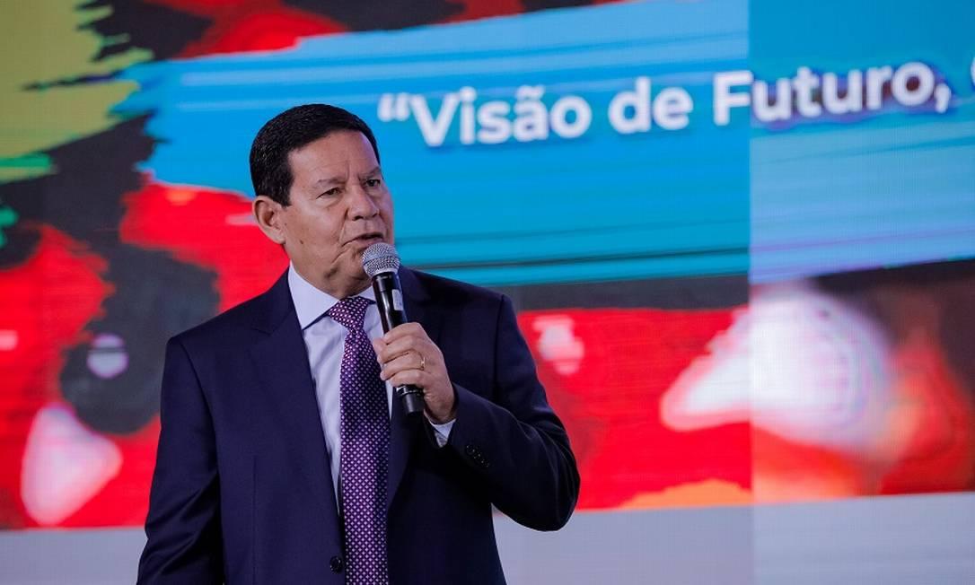 O vice-presidente da República, Hamilton Mourão: convite a embaixadores. Foto: Romério Cunha / Agência O Globo