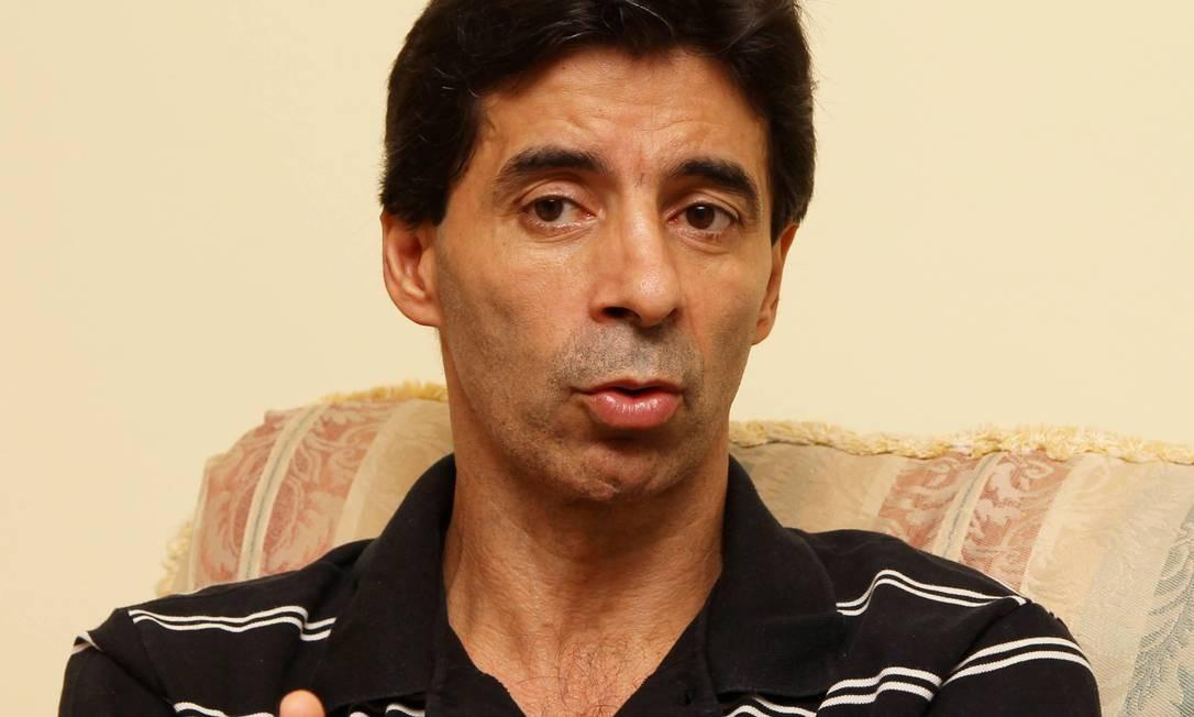 Mauro Galvão, que defendeu Botafogo e Vasco durante a carreira Foto: Jorge William / 26-4-2012