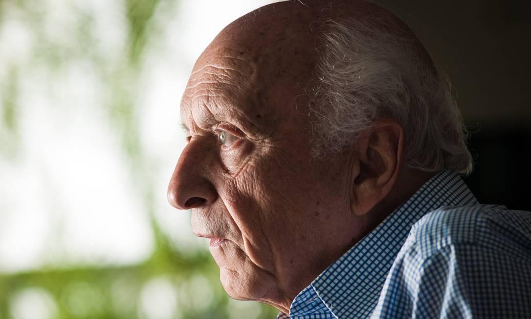 Rubens Ricupero diz nunca ter visto tamanha pressão sobre o país por causa da política ambiental Foto: Ana Paula Paiva / Agência O Globo