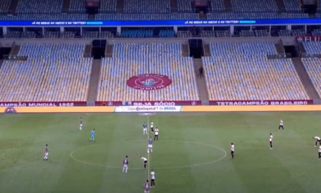 Arquibancada praticamente vazia chamou a atenção no jogo entre Fluminense e Atlético-GO Foto: Rafael Oliveira