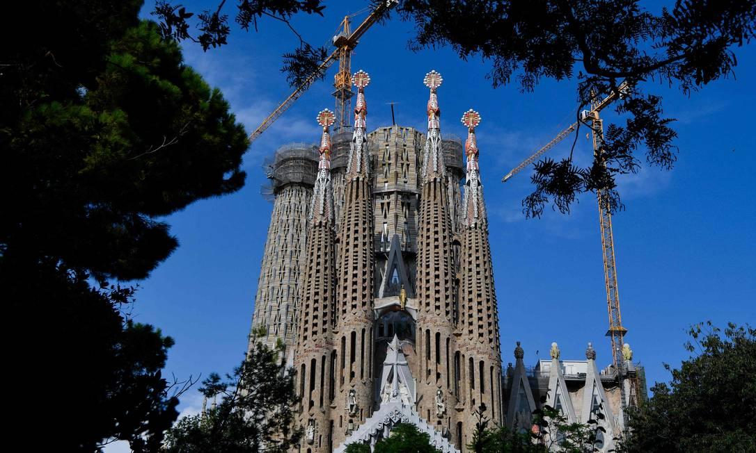 A igreja da Sagrada Família, desenhada por Antoni Gaudí, começou a ser construída em Barcelona em 1882 Foto: PAU BARRENA / AFP