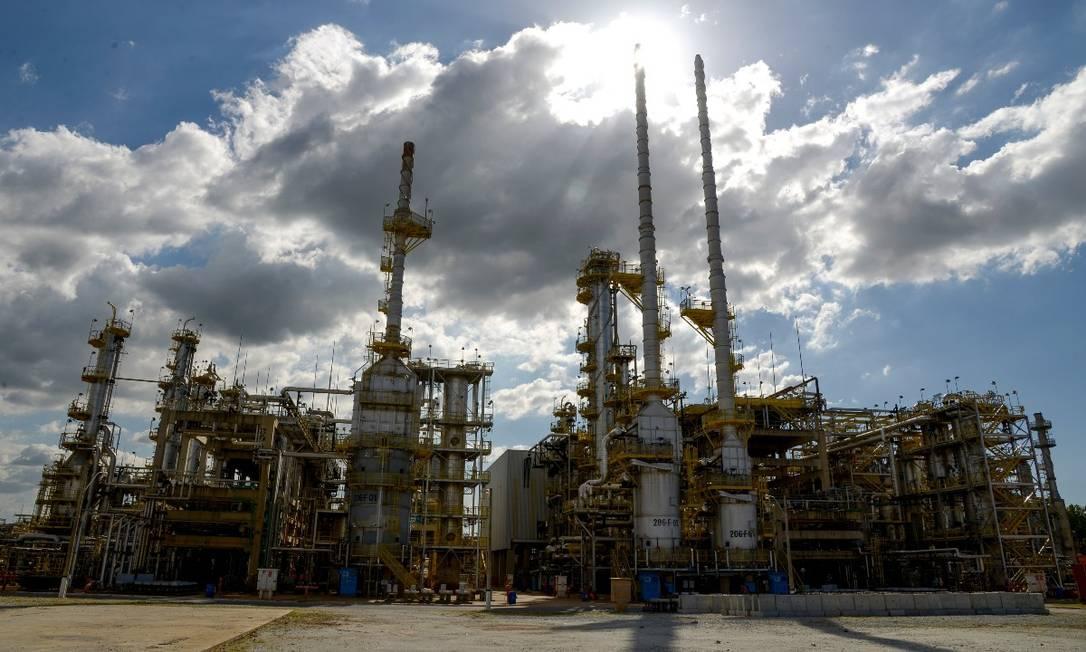Unidade de Industrialização do Xisto (SIX) fica localizada em São Mateus do Sul (PR) sobre uma das maiores reservas mundiais de xisto Foto: Divulgação