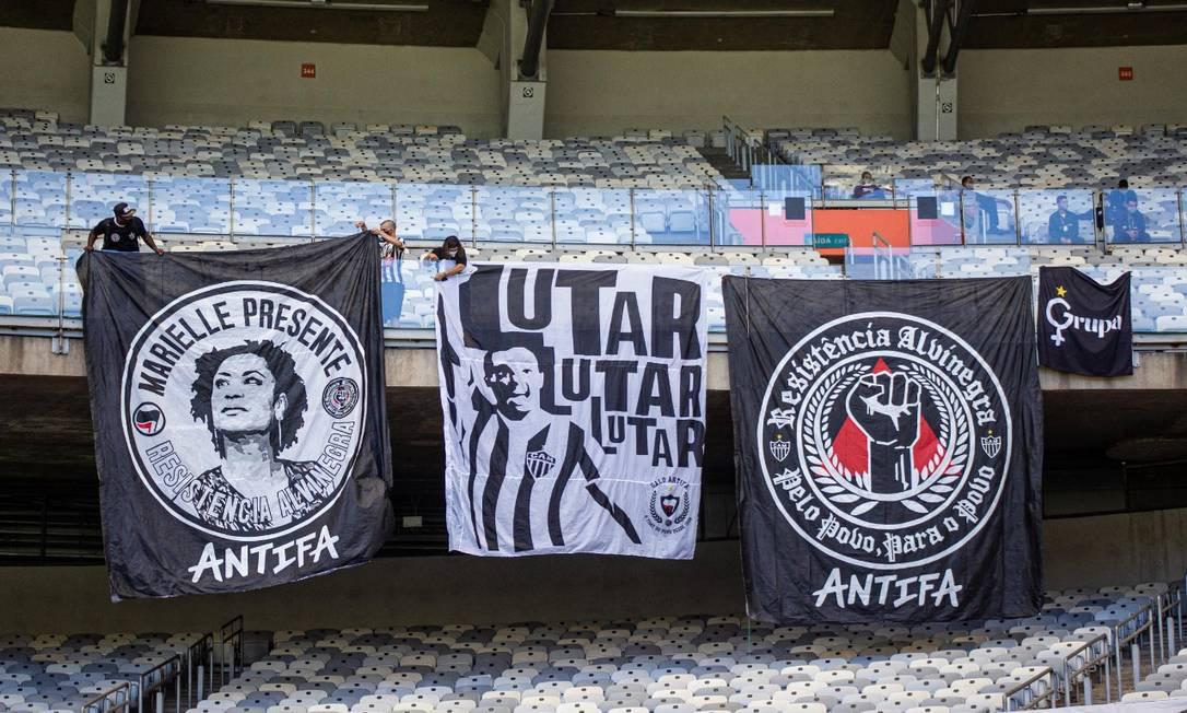 Menção a Marielle Franco e ao termo Antifa foram proibidos no Mineirão Foto: Cadu Passos/Resistência Alvinegra